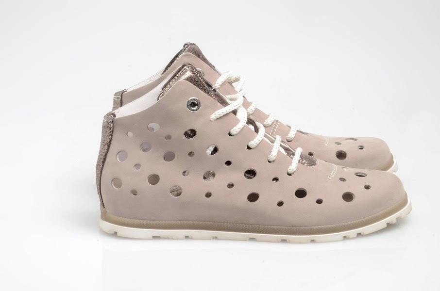 scarpa scatto laterale