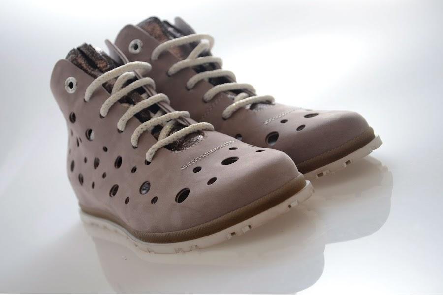 Foto di campioni di scarpe