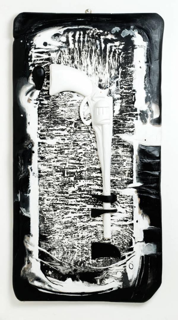 foto in sytudio dell'opera di Valerio Comparini